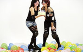 DerbyVersaire ParisRollerGirls 2012
