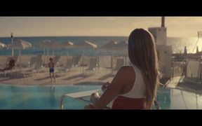 Thomas Cook Commercial: Pool
