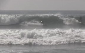 Cool High Wave Surfing