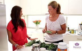 Lee Holmes' Kale Chips Recipe