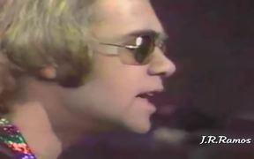 Elton John - Tiny Dancer Music Video