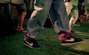 Nike Commercial Don't Criticize (Hyperize)