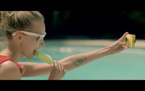 theQ Commercial: Shut Up & Shoot
