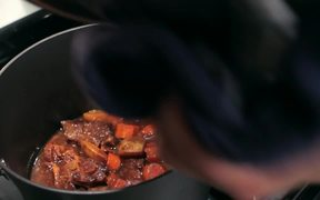 Recipe for Braised Short Ribs and Oxtails