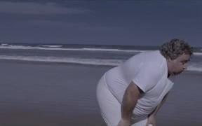 AC Camargo Commercial: The Running Finger
